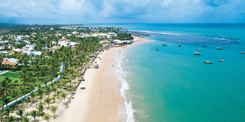 Cinco-motivos-para-conhecer-a-Praia-do-Forte-2